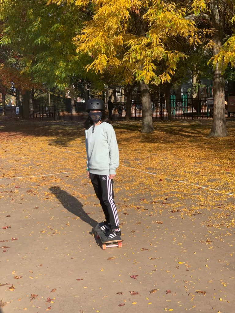 Afternoon skate break with fall leaves